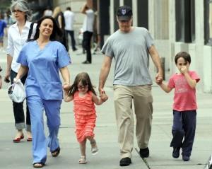 Tracey+Stewart+Jon+Stewart+Family+Walking